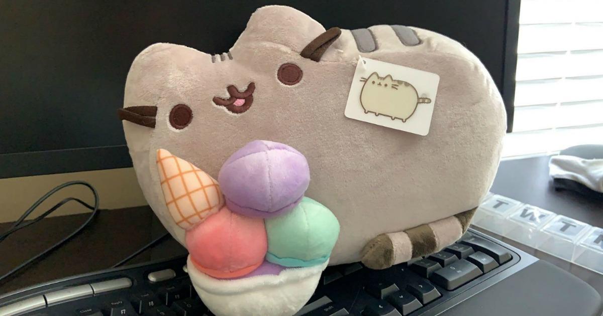 plush toy cat with plush toy ice cream