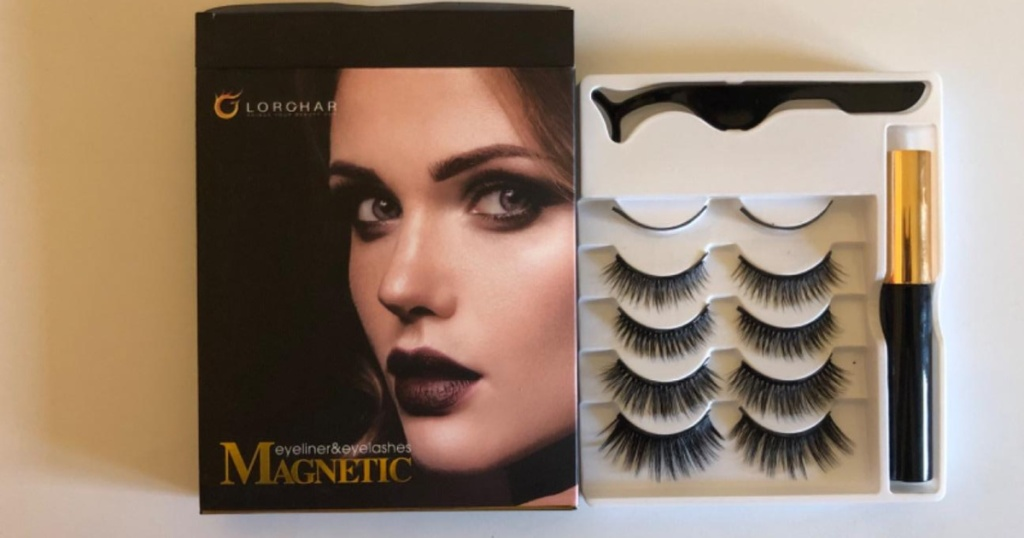 packaging of Lorchar Magnetic Eyelash & Liner Kit