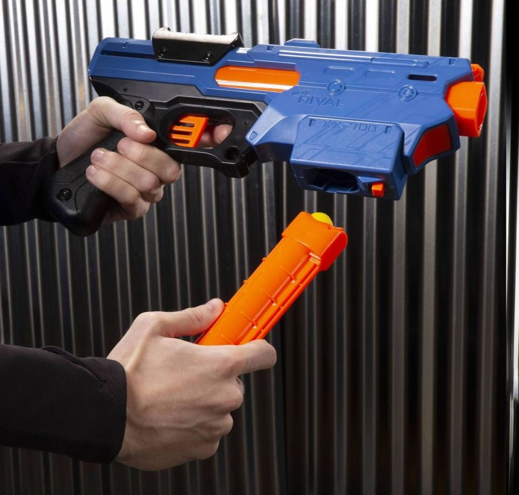 hand holding NERF Rival Finisher XX 700