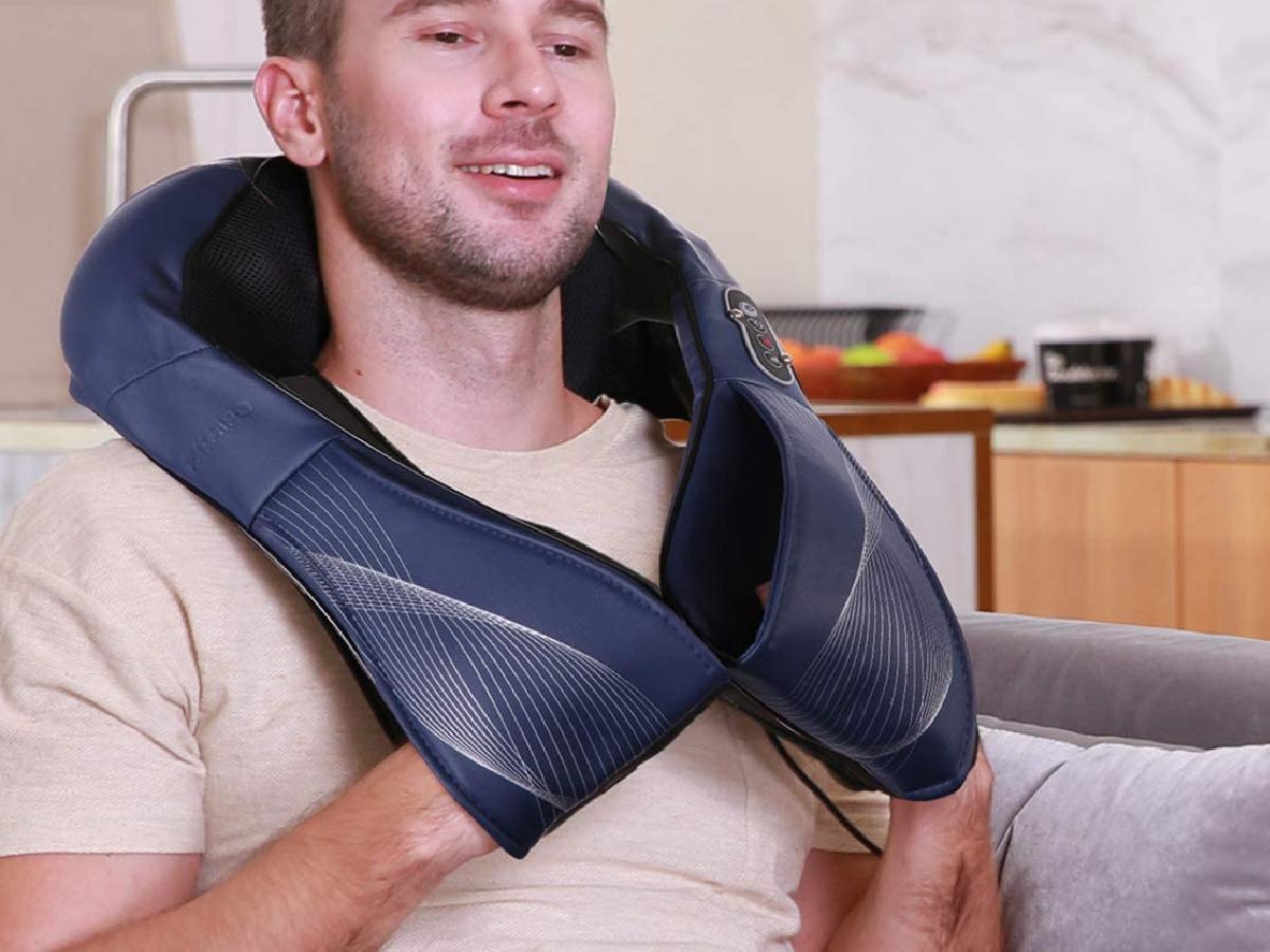 man using naipo shiatsu neck massager