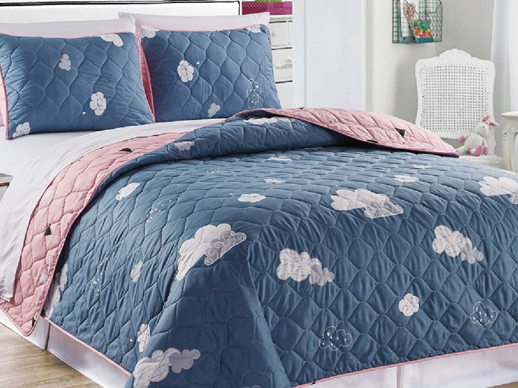 Zulily Kids' Quilt Set with clouds