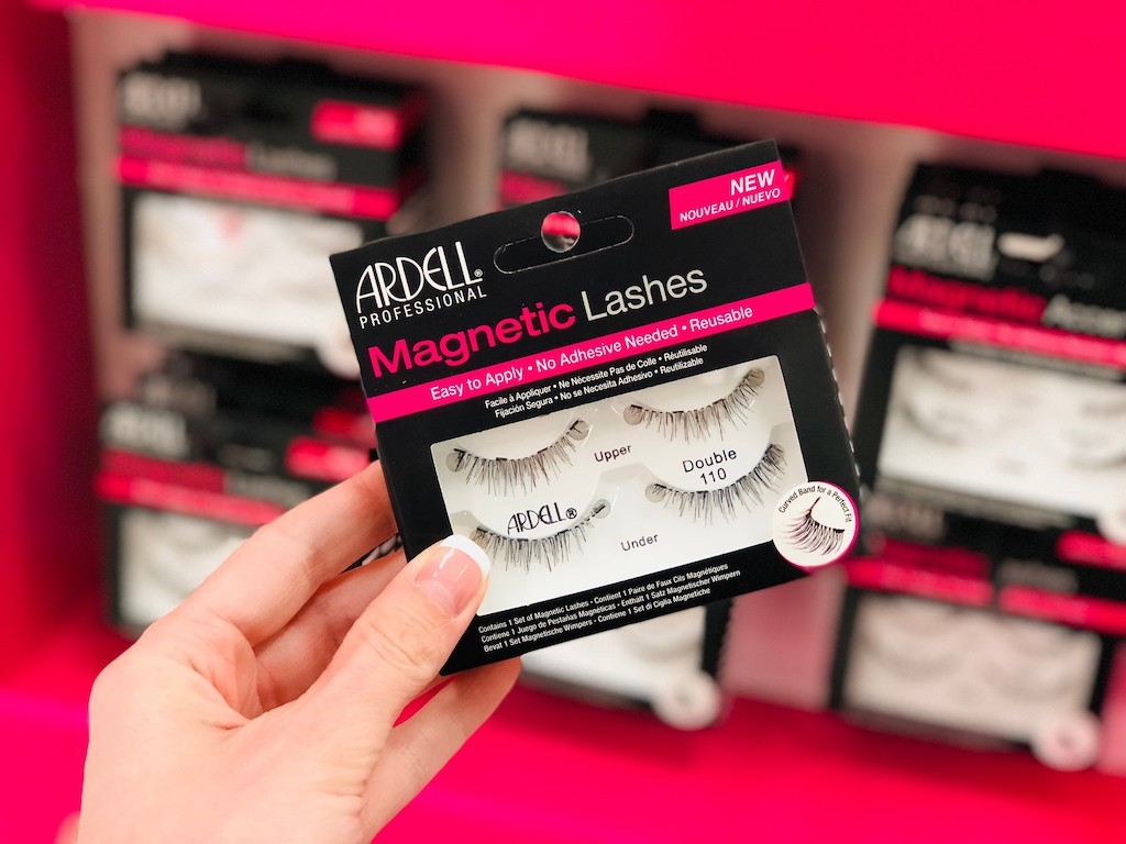 holding Ardell magnetic lashes