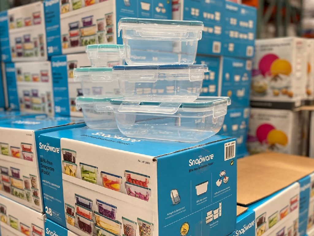 set of plastic containers on boxed up sets in store
