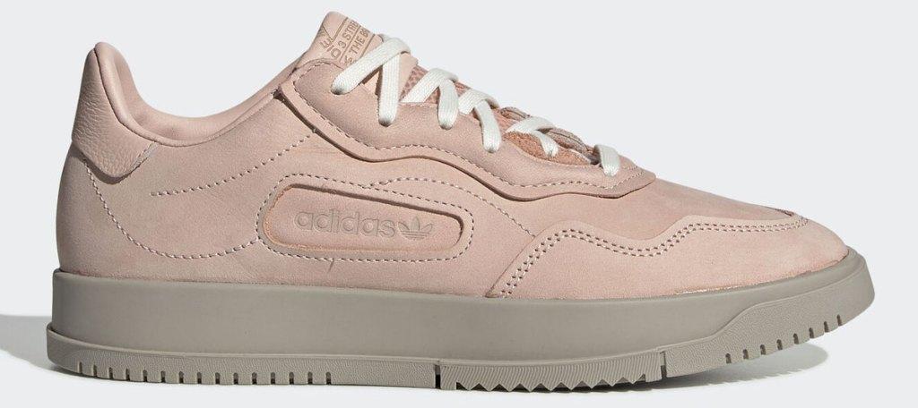 light pink adidas women's sneaker