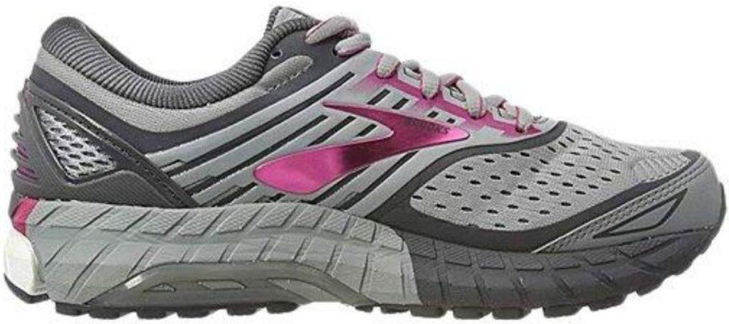 womens running shoes
