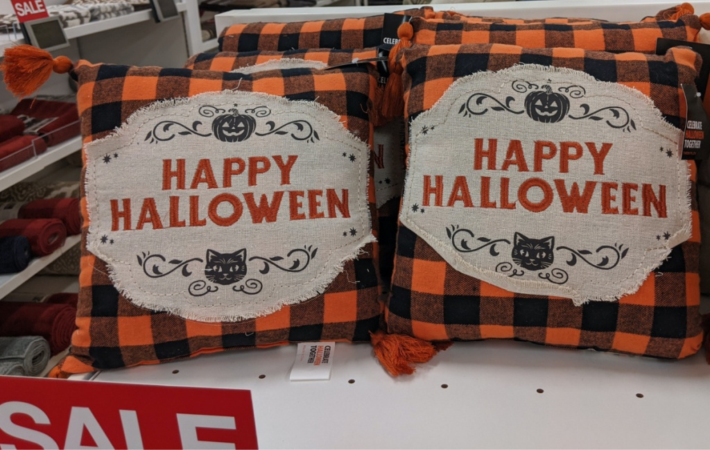 mini Happy Halloween throw pillows