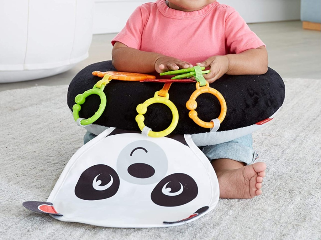 Fisher-Price Hug & Play Tummy Wedge with 3-Linkable Toys