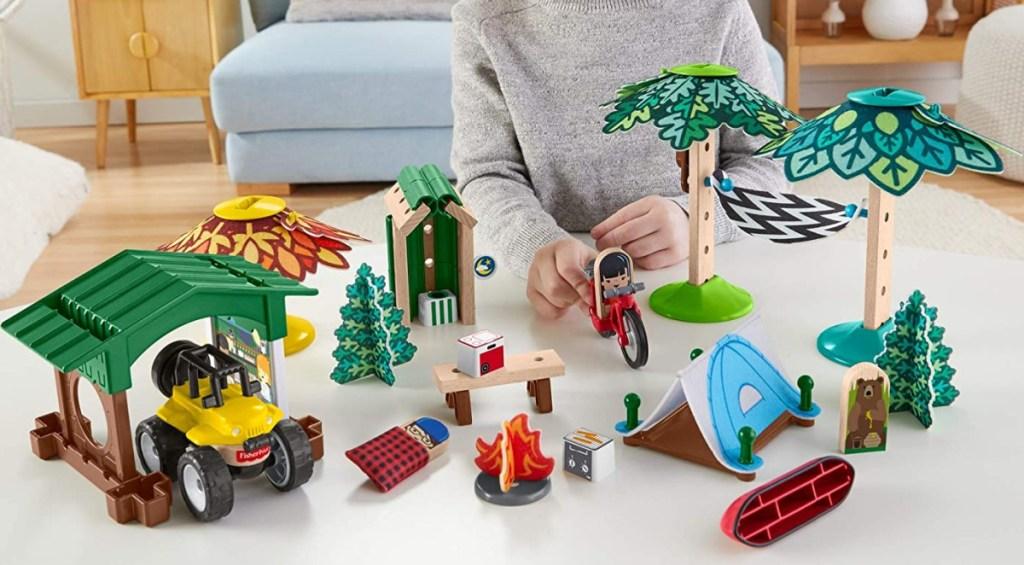 Fisher-Price Wonder Makers Design System 60+ Piece Soft Slumber Campground
