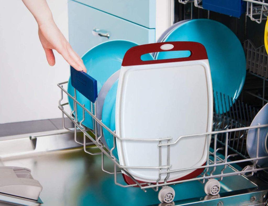 Gorilla Grip Cutting Board in dishwasher