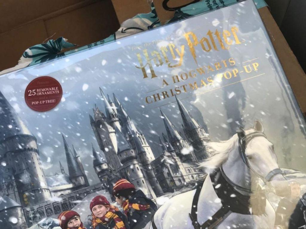 Harry Potter Hogwarts Christmas Pop-Up