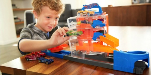 Hot Wheels Super City Playsets Just $10.99 on BestBuy.com (Regularly $21)