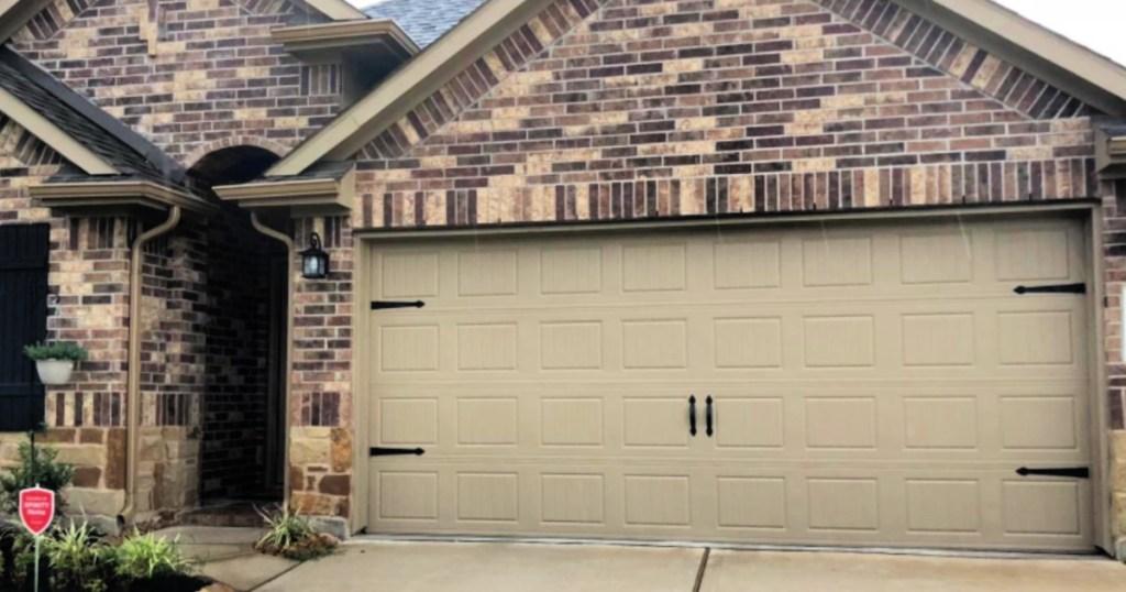 Household Essentials HingeIt Magnetic Decorative Garage Door Accents