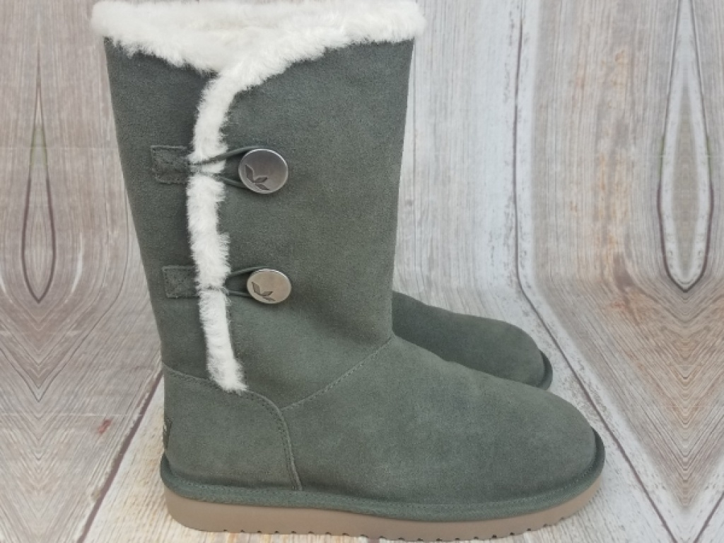 women's light green winter boots