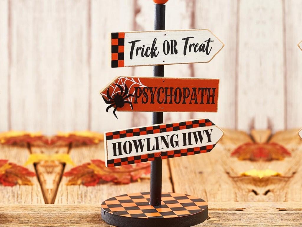 Plaid Halloween Tabletop Sign