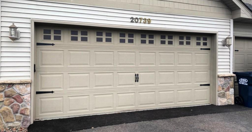 Magnetic Garage Door Accent