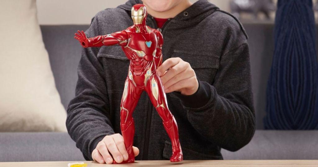 Marvel Avengers Iron Man Actin Figure