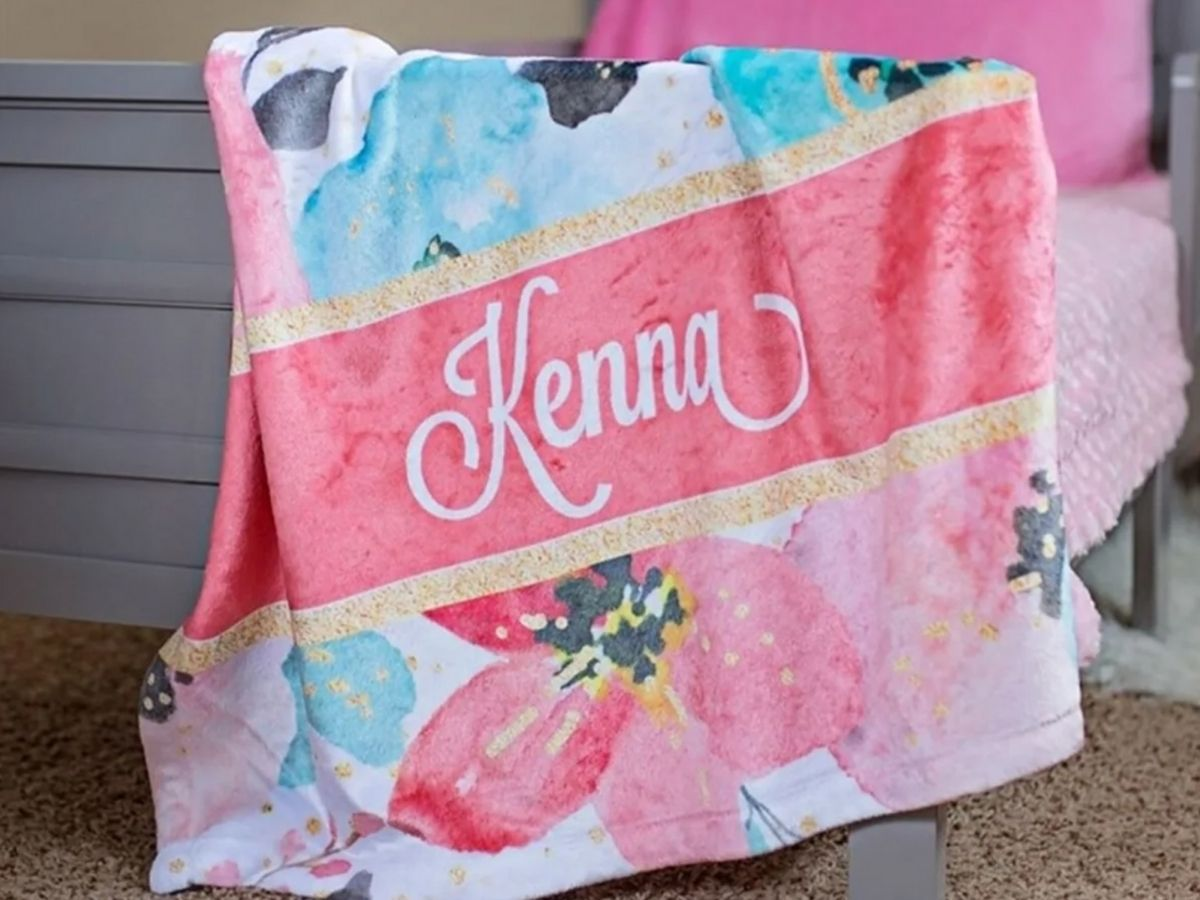 minky blanket with Kenna personalization