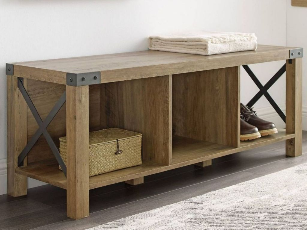 Saracina Farmhouse Wood & Metal Entry Bench