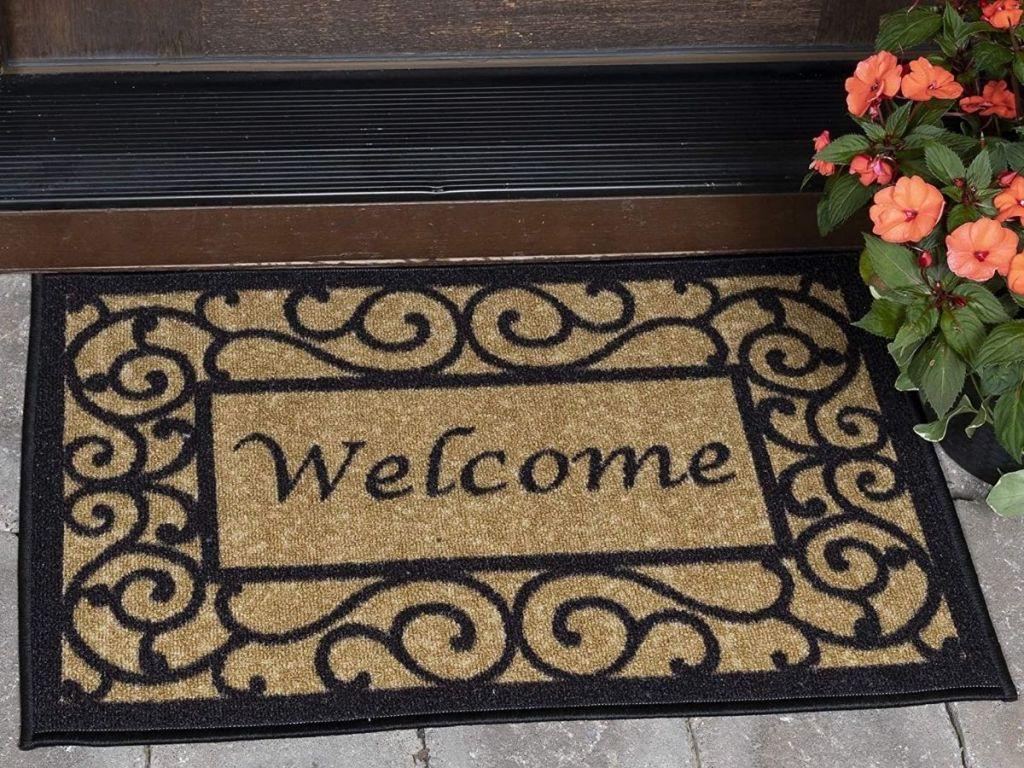 """Doormat that says """"Welcome"""""""
