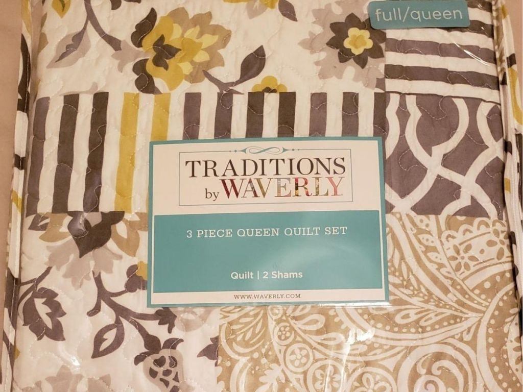 Traditions by Waverly 3-piece quilt set and two shams