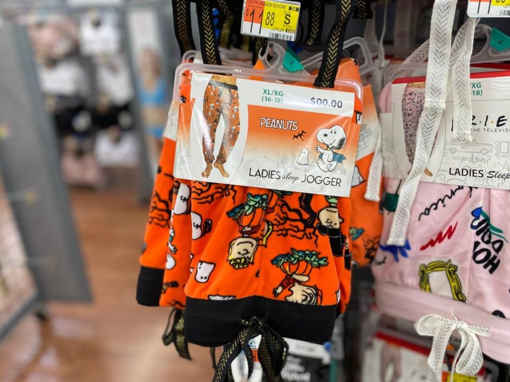 women's halloween themed peanuts joggers