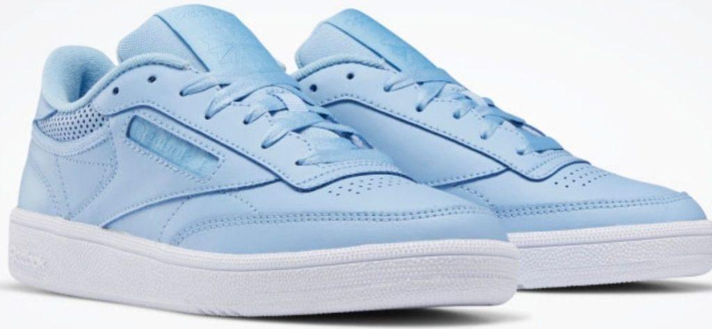 Womens Reebok sneakers