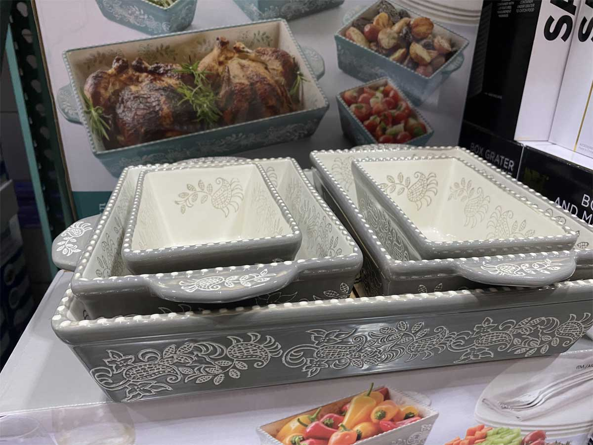 5 piece serving dish on display in store