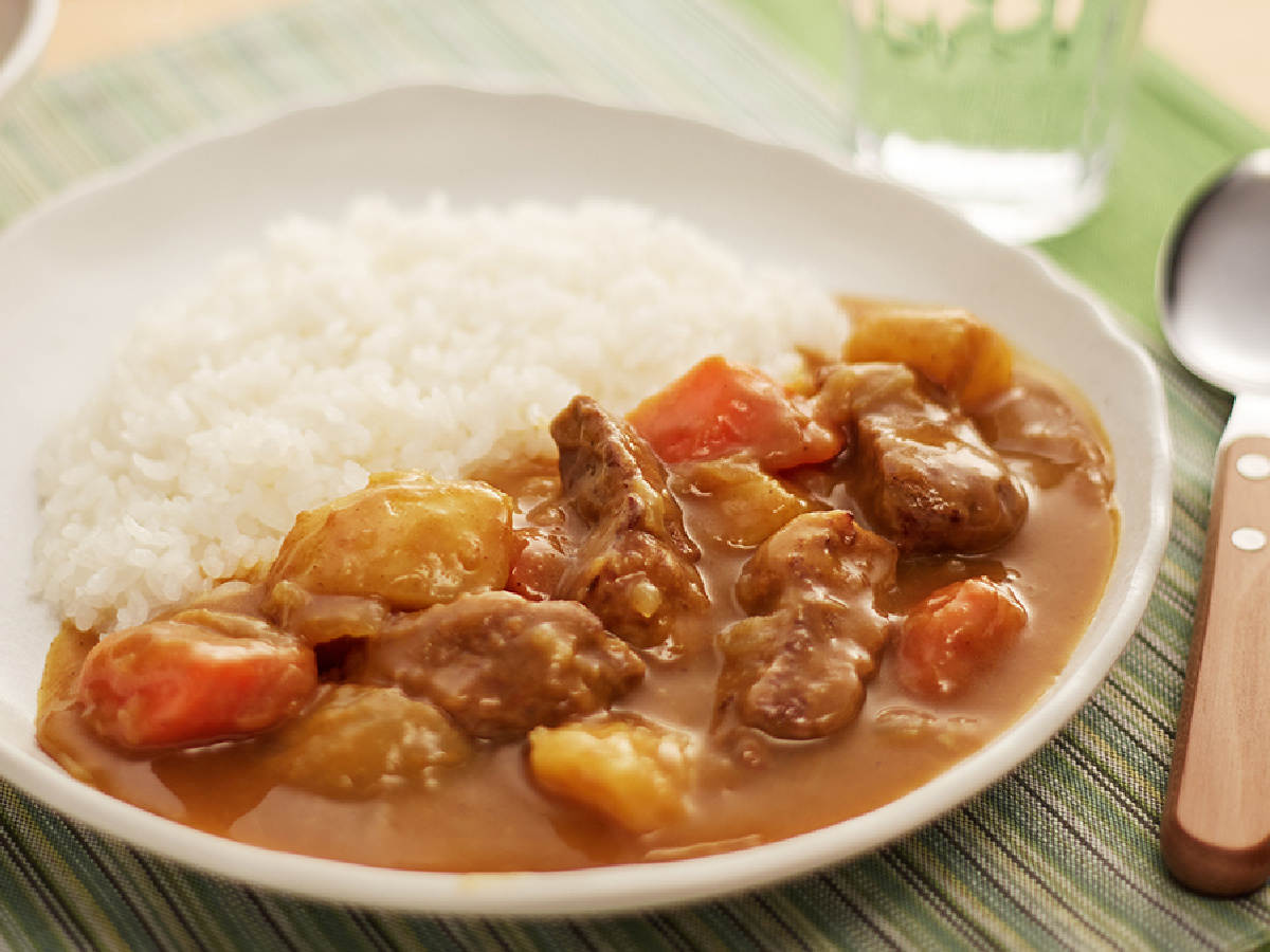 S&B Golden Curry 3.2 oz Sauce Mix