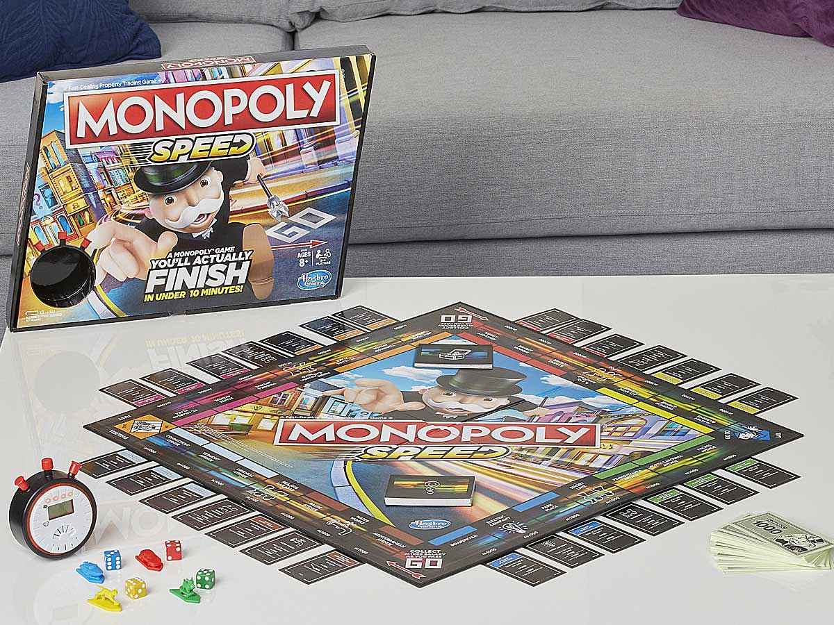 game of monopoly speed on a table