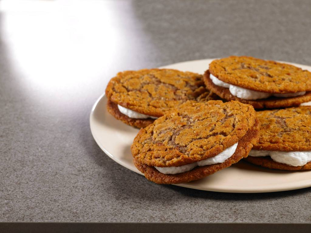 oatmeal creme pies on plate