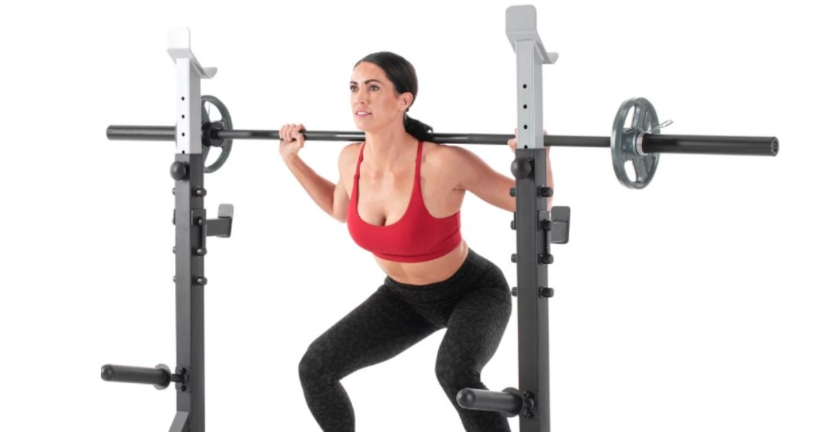 woman using home gym