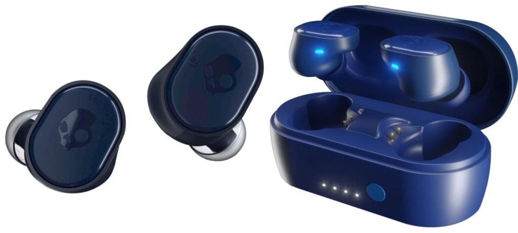 skullcandy earphones case and headphones in blue