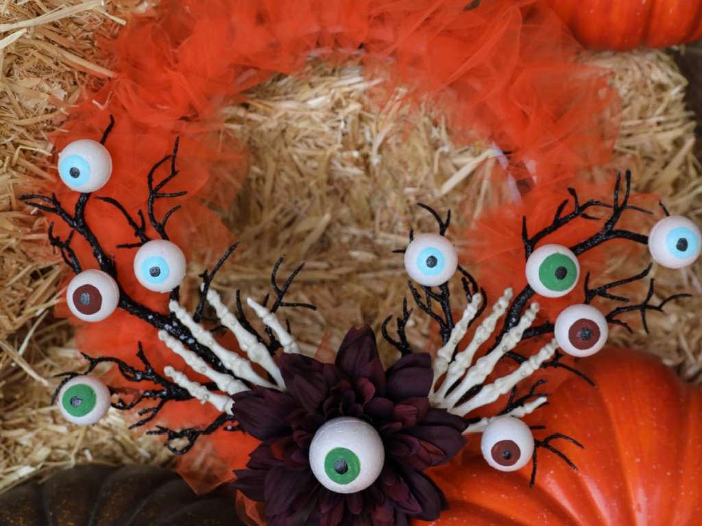 wreath made from craft material with Halloween theme