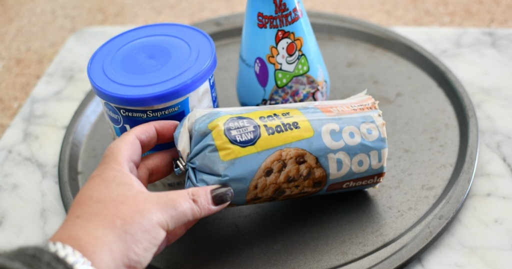 3 ingredients for large cookie cake