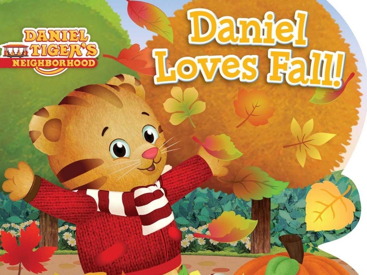 Daniel Tiger's Neighborhood Daniel Loves Fall Board Book