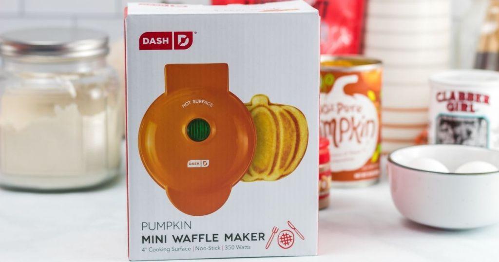 Dash Mini Pumpkin Waffle Maker box