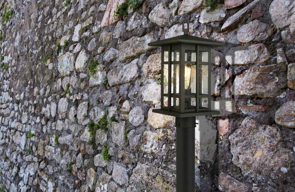 light on a post