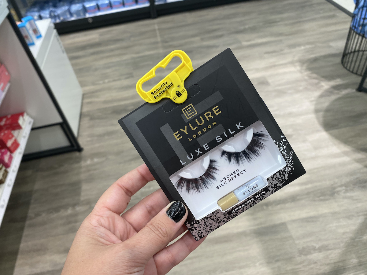 hand holding Eylure Luxe Silk Lashes