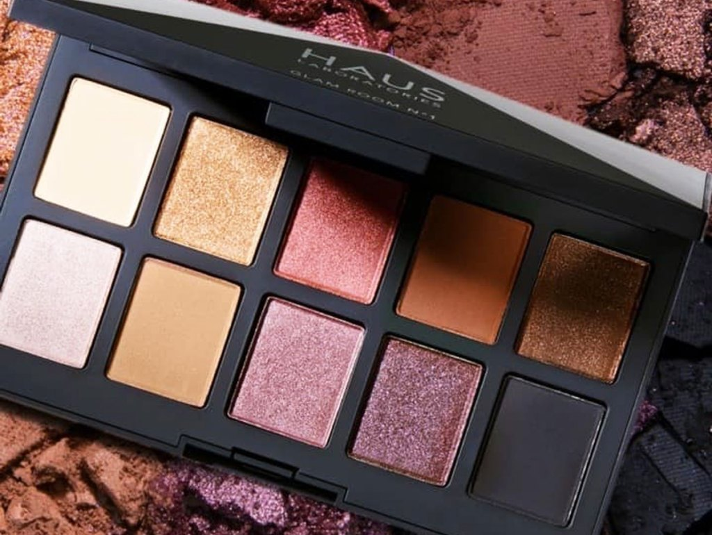 eyeshadow palette with 10 neutral tone colors in matte and shimmer shades