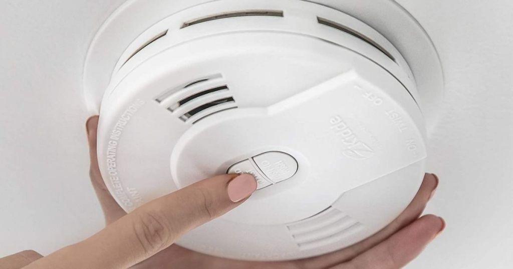 Kidde smoke alarm on ceiling
