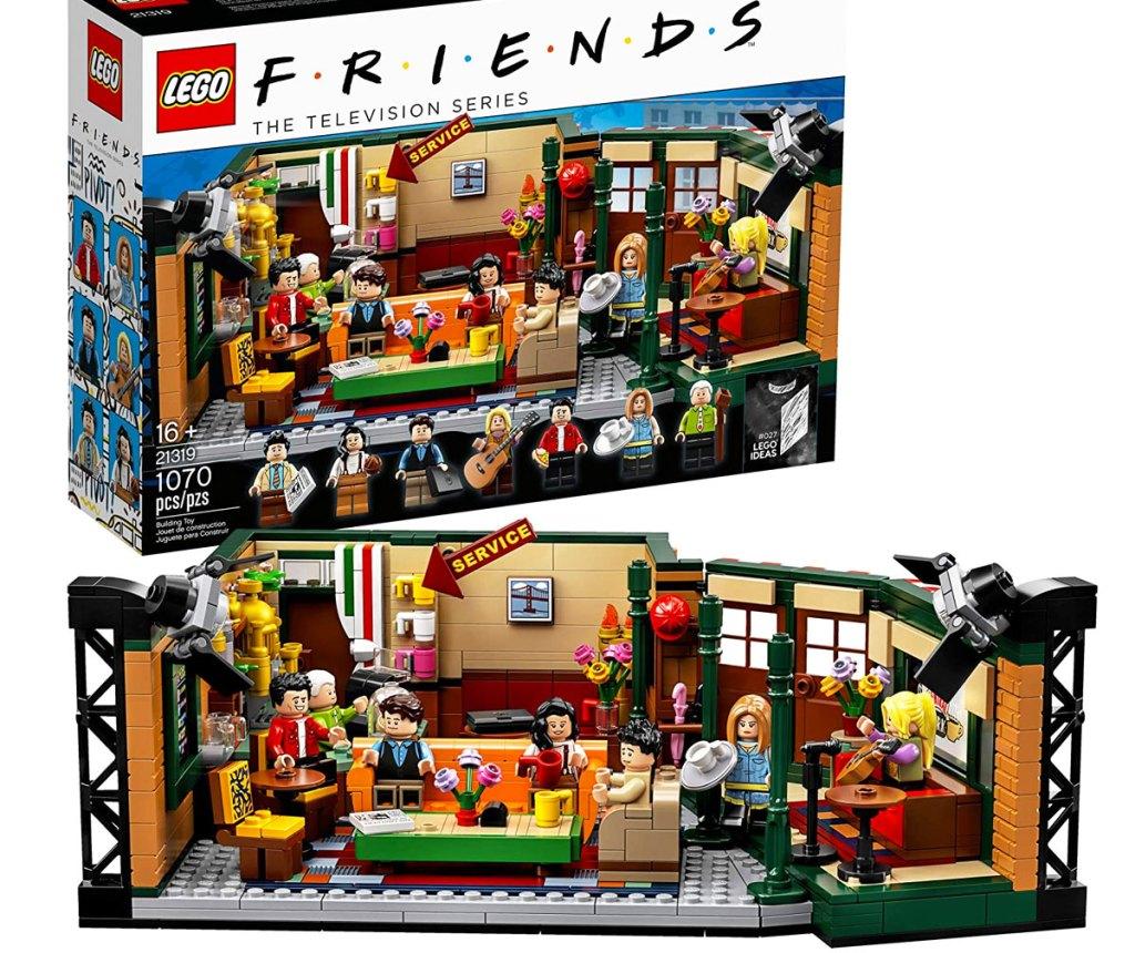 LEGO Friends Central Perk set bangunan dengan kotak