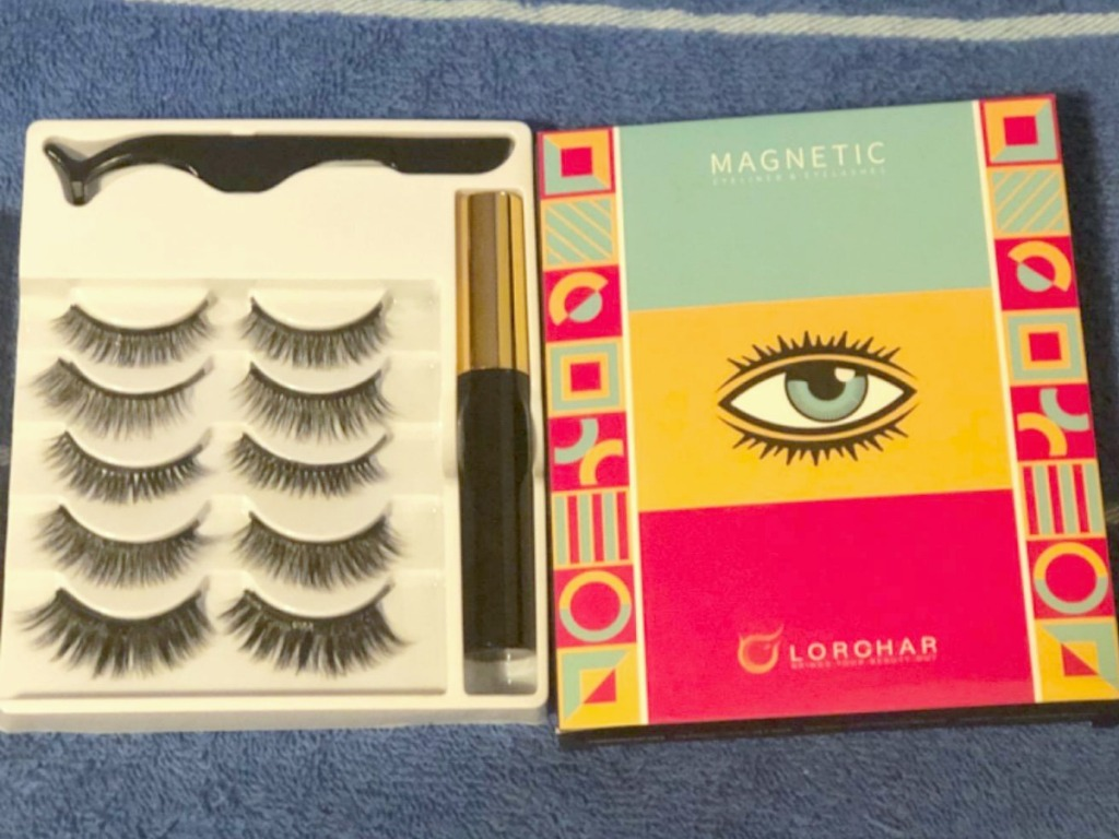Large set of magnetic lashes