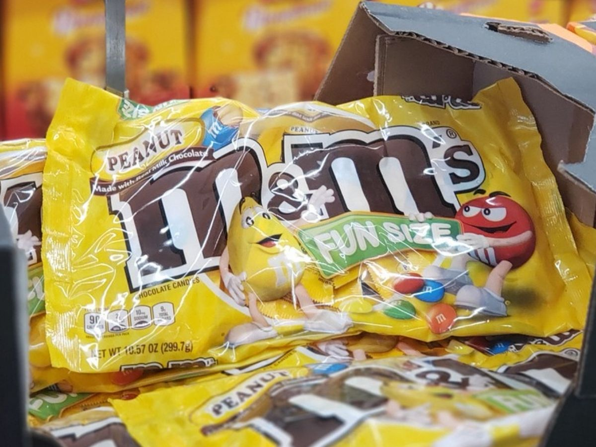bags of fun size mms in a store