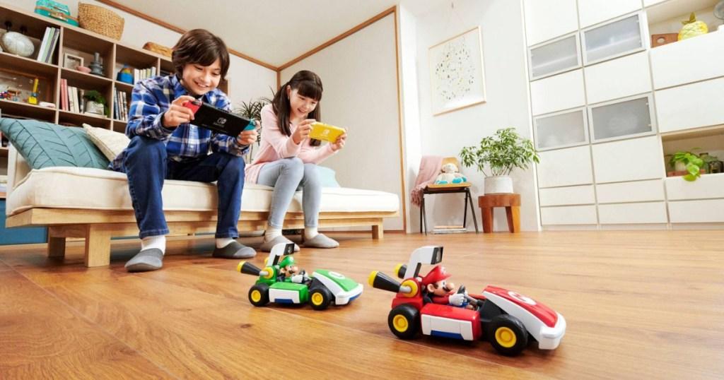Mario Kart Live: Home Circuit Mario and Luigi