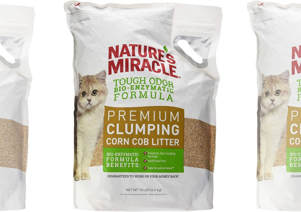 white bags of nature's miracle corn cob clumping cat litter