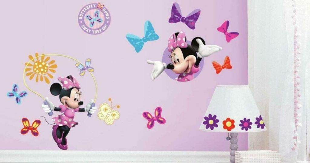 wall with Minnie Mouse decals on it