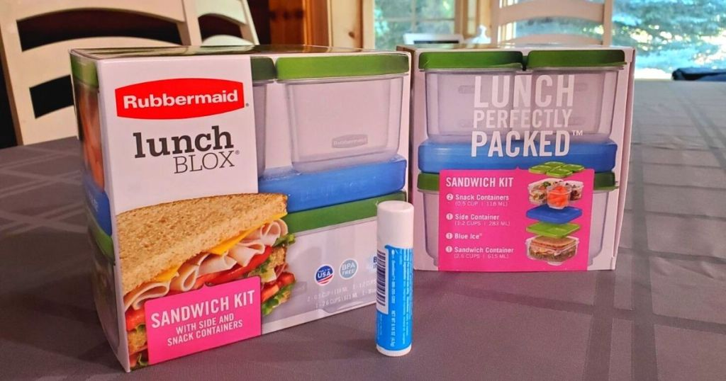 Rubbermaid lunch blox containers on table