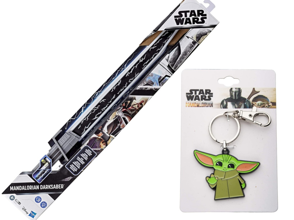 Star Wars The Mandalorian Darksaber and The Child Waving Enamel Key Chain