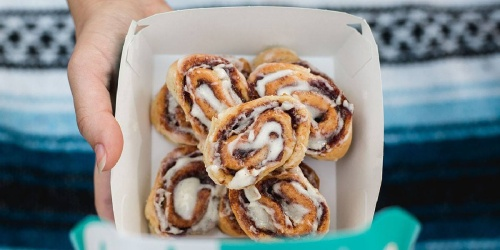 T-Mobile & Sprint Customers: Free Cinnabon Bites, Free T-Mobile Flashlight & More