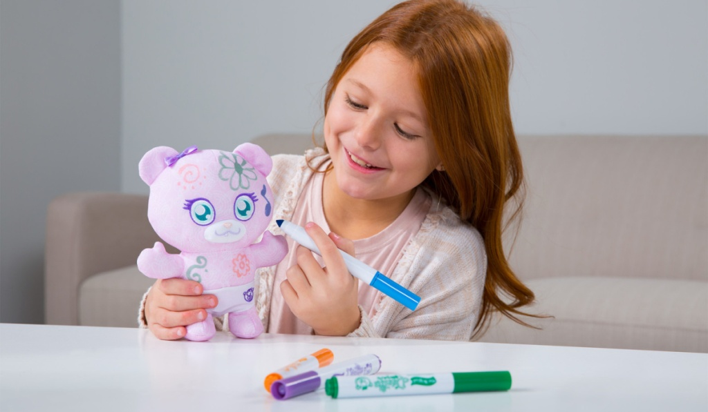 little girl coloring mini doodle bear